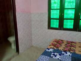 Room available for rent at very reasonable price