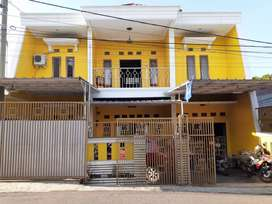 rumah mewah investasi masa dpn,lokasi di depan gerbang sekolah smp