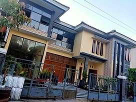 Rumah induk dan kost dekat kampus UII jl Kaliurang Yogyakarta