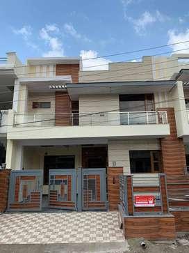 Modern Independent Villa Sunny Enclave