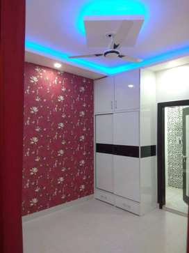 2 BHK FLAT AVAILABLE IN NEAR MARKET