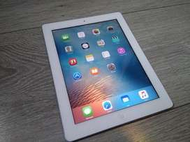 Ipad 3rd gen. 64gb with sim basaed. Speaker works with headphones only