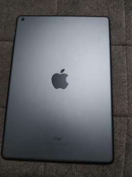 Ipad 7th gen, new only 1 month used, urgent