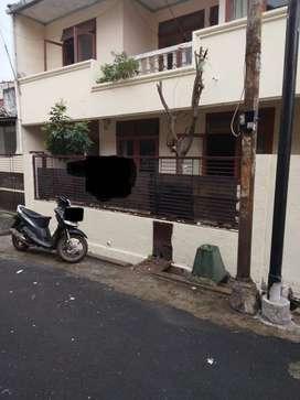 Rumah idaman dan nyaman di Pondok Gede Housing I