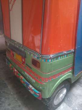 New asia rikshaw cng good conditon new corborater new silecernew tyres