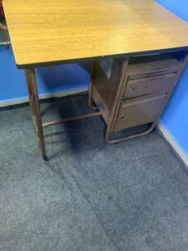 Steel office table /computer table