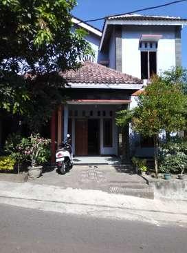 rumah di jual 2 lantai 5 kamar di pedes argomulyo sedayu yogyakarta