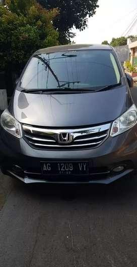 Honda freed 2012 (desember)
