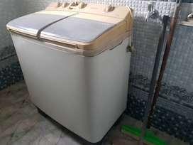 Semi Automati Samsung washing machine 6.5 KG