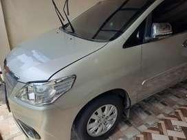 Innova 2013 2.0 E Matic bensin mulus