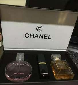 Chanel parfum setelah dengan lipstik