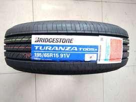 Ban Mobil Luxio APV Kijang Krista Bridgestone Turanza T005A 195/65 R15