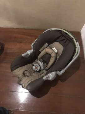 Graco kids car seat cradle
