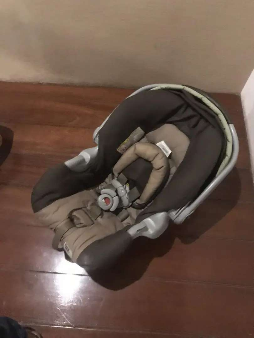 Graco kids baby car seat cradle traveling car plane