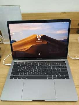 """Kredit MacBook Pro 13"""" Mid 2019 MUHN2 128GB Resmi iBox Tanpa K Kredit"""