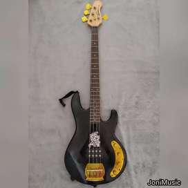 Bass Ernieball Musicman pickup aktif gold part