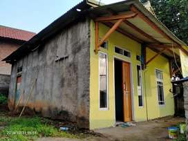 Di jual/dikontrakkan  rumah dan tanah pinggir jalan propinsi