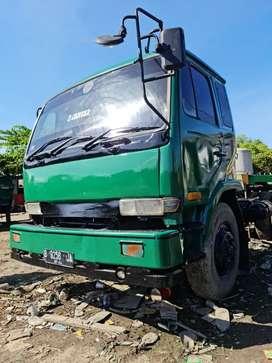 Jual truk / truck / head tractor / trailer kepala PKC 2004