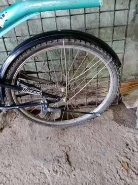 Very good condition cycle urgent sale