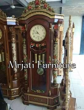 Furniture lemari jam kayu jati berkualitas Desain berkualitas