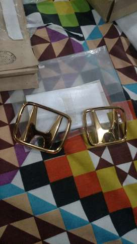 Honda Civic 1992-1995 gold emblems