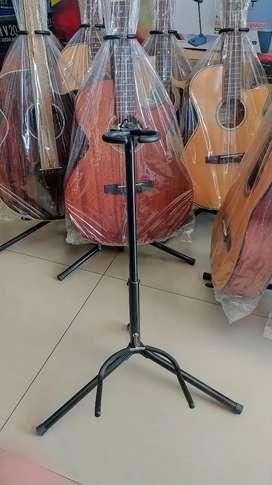 Stand Gitar besi ringan kokoh