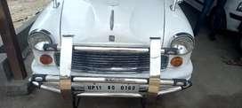 Ambassador Classic 1800 Isz AC Cng, 2010, Petrol