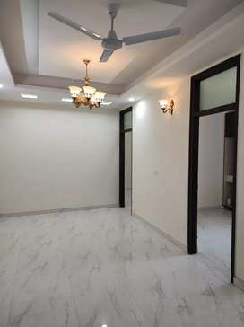 Ready to move 3 BHK & 2 BHK flat in Ashok vihar phase 2 Gurgaon