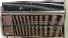 Good condition Brown Window-type Air Conditioner frigidaire in America