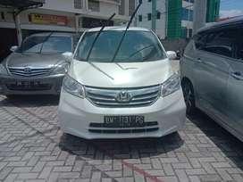 Honda Freed SD AT 2014