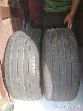 Ban mobil bekas 245/35 r20 toyo