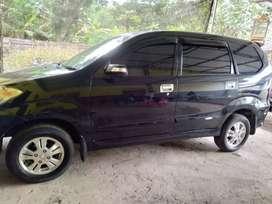 Mobil Xenia 2008 hitam