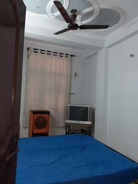 TWO BHK AND ONE BHK FULLY FURNISHED  AND FULLY INDEPENDENT FLATS .