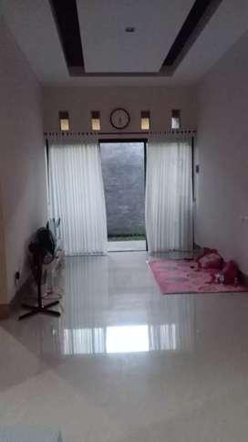 Rumah Sambiroto Tembalang Dkt Jl. Elang Raya Ready Stock Seperti Baru