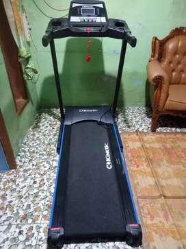 Treadmill. Merek.. KINETIC.