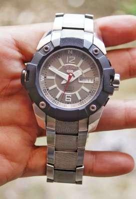 jam tangan gahar Seiko 5 Sports seri SKZ