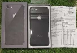 Iphone 8 64gb 5 months warranty in brand new condition