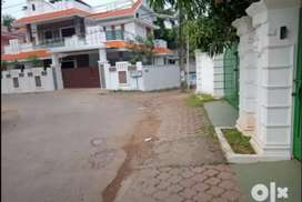 3.5 and more cent orginal land at  thripunithura near bhavans school