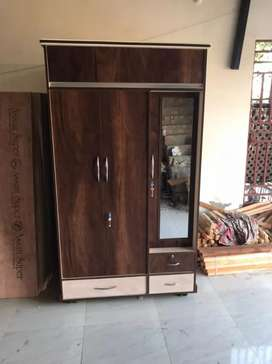Almari wooden 7*4 brand new shocker wali Home delivery free Full heavy