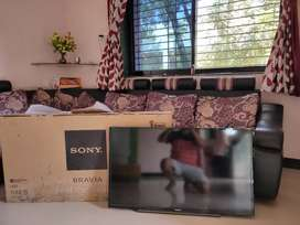"40"" FULL HD SONY LED TV SCREEN DEMAGED"