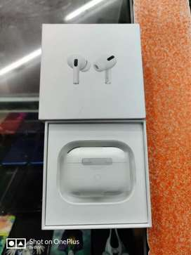 Apple Airpods Pro with box full Kit and warranty.