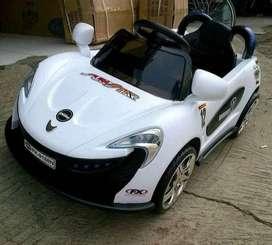 Mobil aki anak pliko Mclaren PK 9188 - Putih