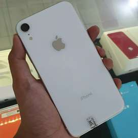 iPhone XR White 64GB Malang Store