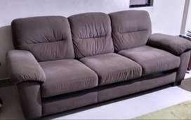 Neelkamal sofa set -- 3+2