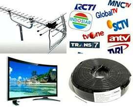 TEKNISI PASANG BARU ANTENA TV UHF