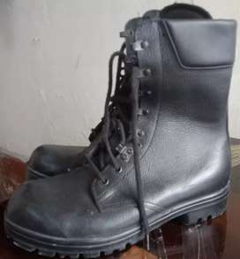 Original leather Brand new Soldier black shoes