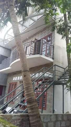 3 storied  building for sale near kaloor