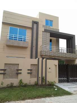 10 Marla Like Brand New Full House For Rent Sector C Bahria Town Lhr