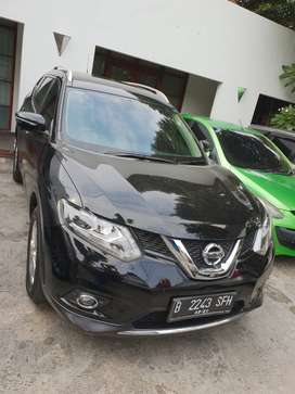 Nissan Xtrail 2015 Black istimewa