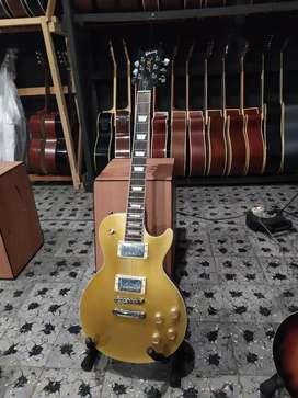 Gitar Elektrik gibson les paul gold
